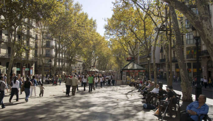 Barcelona In October: Blend In The Colors Of Spanish Autumn