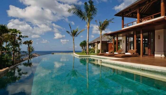Charming Villa with pool