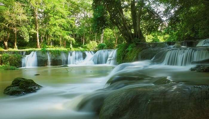 Chet Sao Noi Waterfall National Park