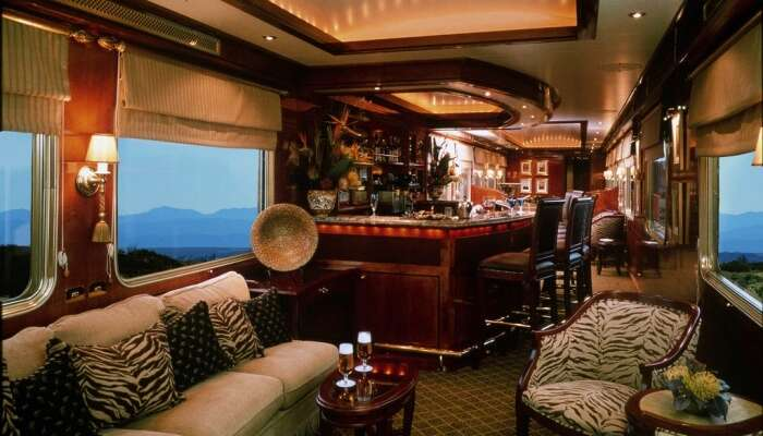 Facilities Offered In The Blue Train