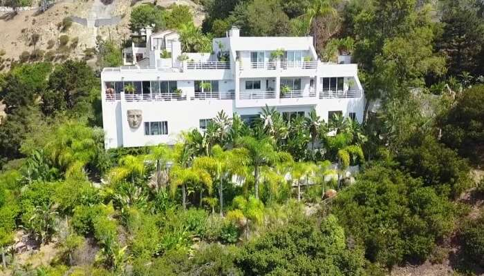 Hollywood Hills Tropical Paradise