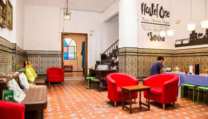 Hostel One Catedral Seville