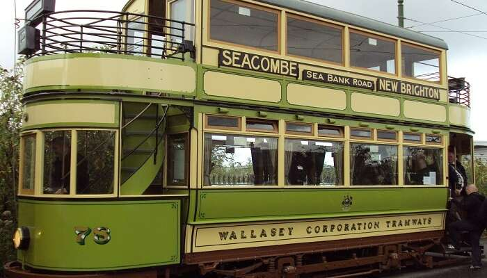 Time travel in vintage trams