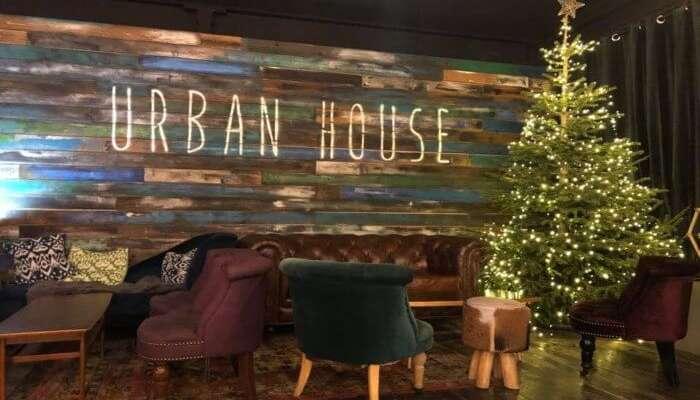 Urban House Café
