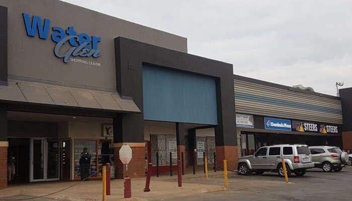 Waterglen Shopping center