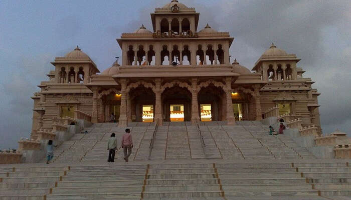 temple in the city holidays Places gujarat india