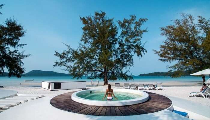 Moonlight Resort In Koh Rong Samloem Island