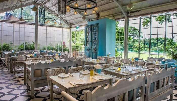 fancy interiors of blu kouzina