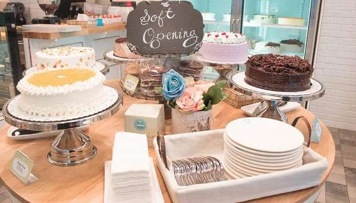 10 Dove Street Café