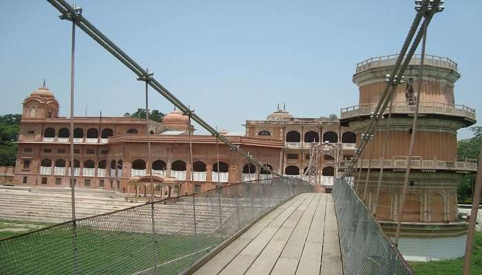Best Time to Visit Sheesh Mahal in Patiala