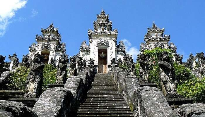 Gunung Lempuyang