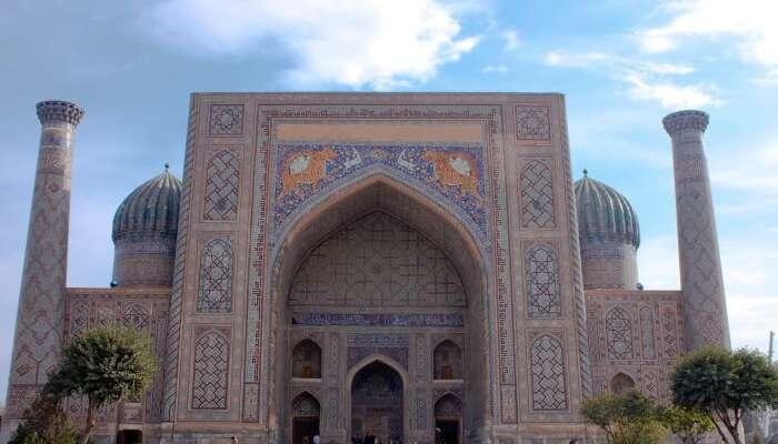 Sher Dor Madrasah, Registan Sq, Samarkand, Uzbekistan