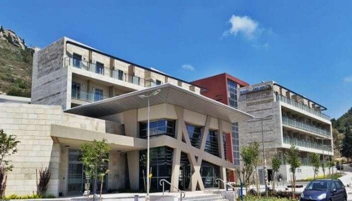 HI_-_Haifa_Hostel