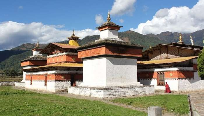 Around Jakar, Jambay Lhakhang