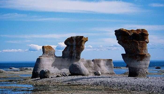 Mingan-Monolithen