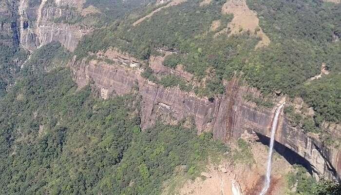 gorgeous Khasi hills surrounding