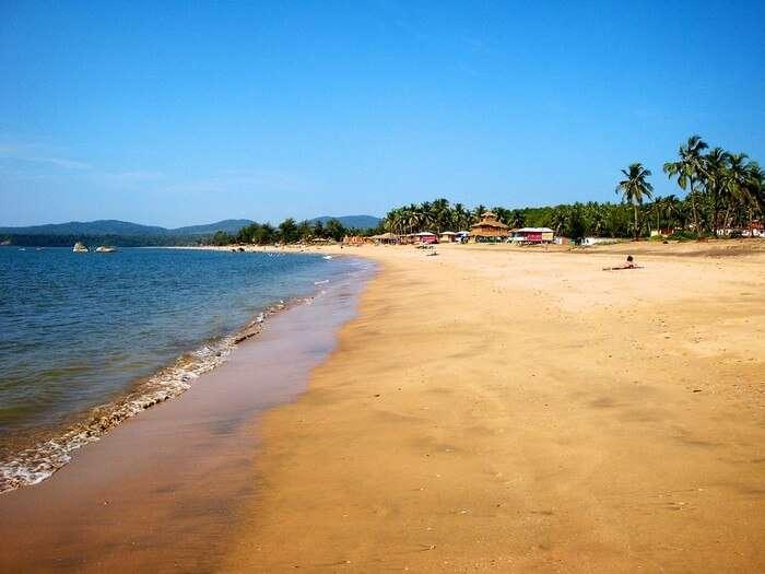 The quaint shore of Agonda beach makes it the best among South Goa beaches