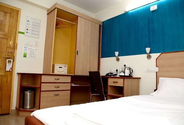 The cute little Ecolodge is one of the cheap hotels in Cochin