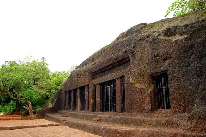 Explore the Arvalem Caves