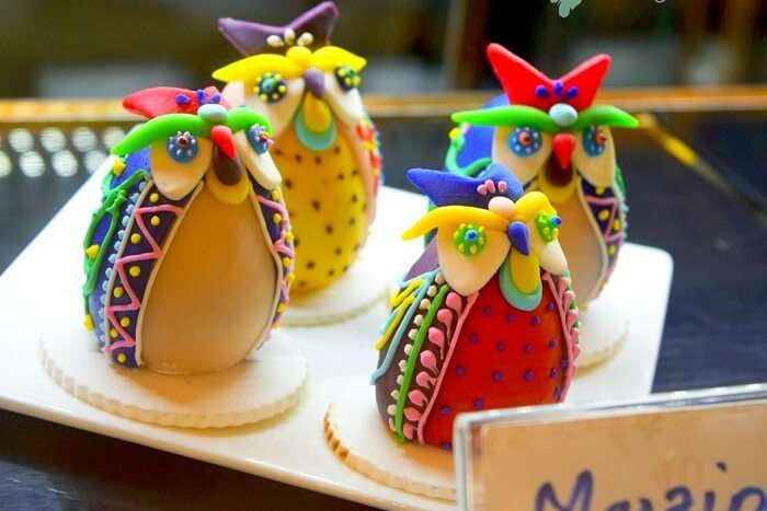beautifully designed dessert items at Mrs. Magpie bakery