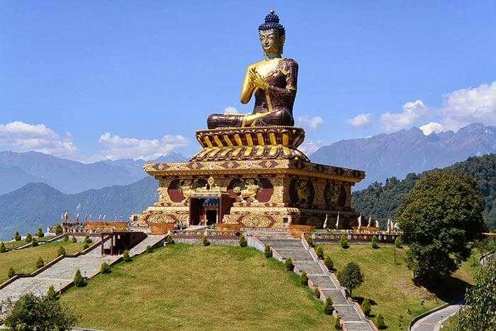Statue of Guru Padmasambhava at Samdruptse