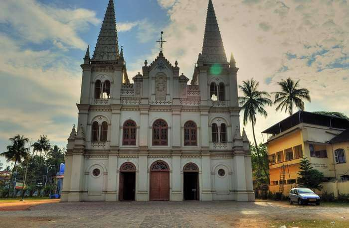 Santa Cruz Basilica is the oldest church in Cochin