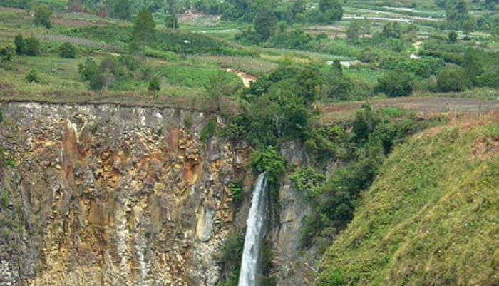 Supisopiso Waterfalls
