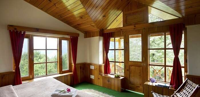 Treetops Cottages bedroom