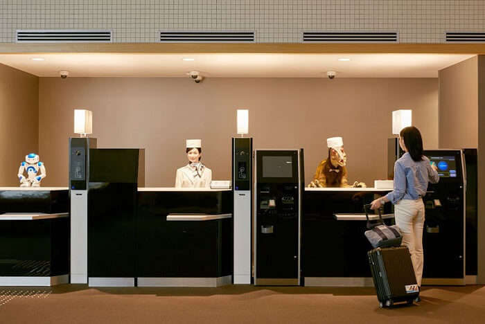 henn na hotel japan reception check in screen