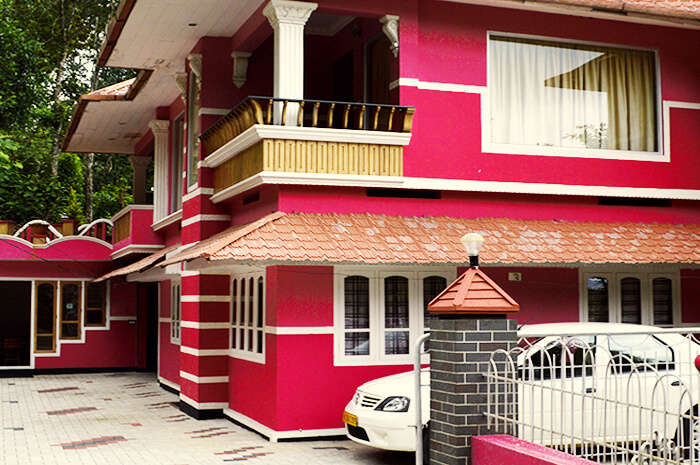 homestay option in munnar