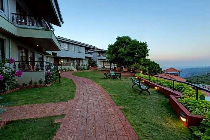 best resorts mahabaleshwar
