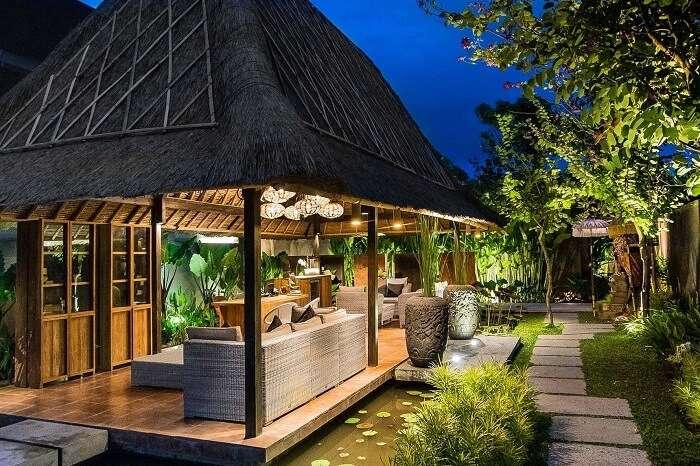 open luxurious kitchen and BBQ area in villa komea
