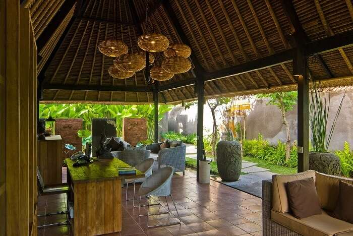 lounge and dining area in villa komea