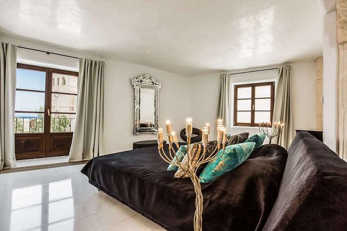 Bedroom in Vista Dalt Vila