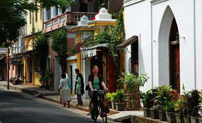 Girl-cycling-in-Pondicherry
