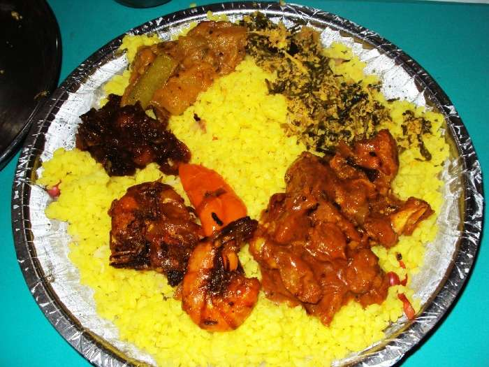 A full Sri Lankan meal at Hotel Rolex, Jaffna