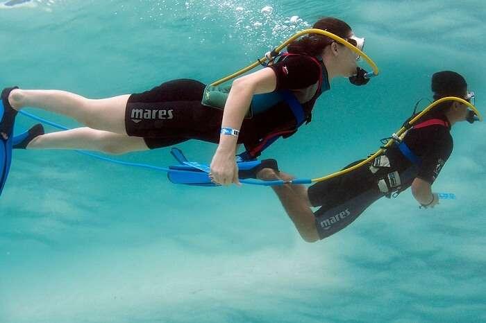 kw-030617-A couple on a SNUBA diving tour on their Caribbean honeymoon