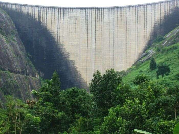 Idukki Arch Dam stands between the two mountains in Kerala