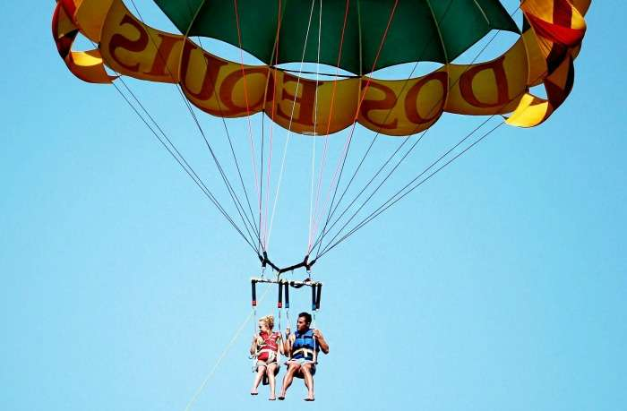 Take a sky ride / Parasailing on your honeymoon in Mauritius