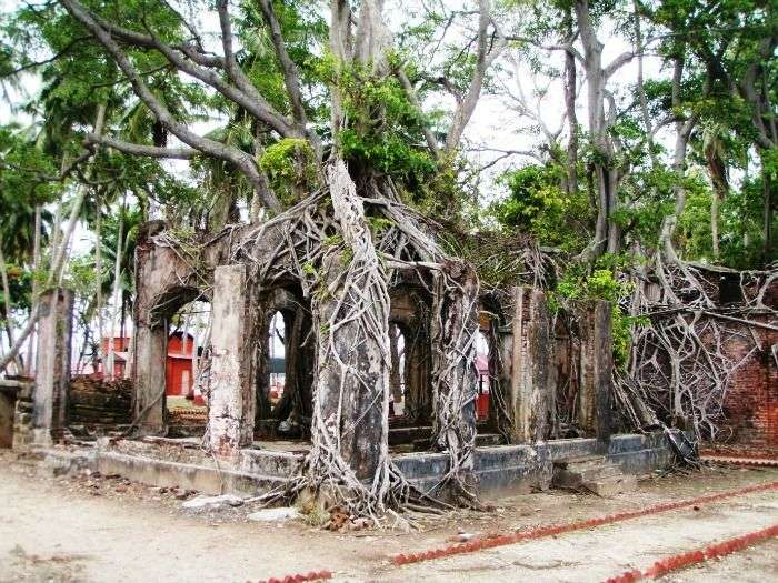 Ross Island - a Favourite attractions among Beach Lovers, Port Blair