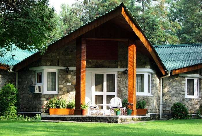 Kickstart your married life at the Span Resort and Spa in Manali