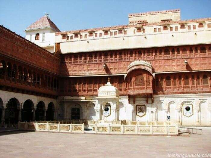 Junagarh fort is amongst the popular historical monuments in Rajasthan