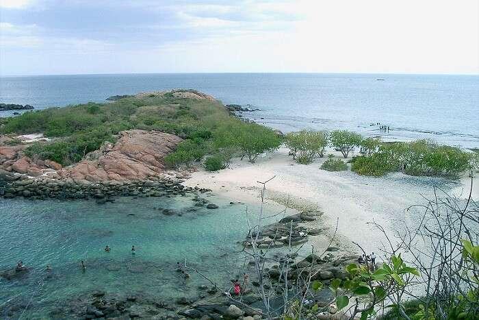 place to visit in Sri Lanka