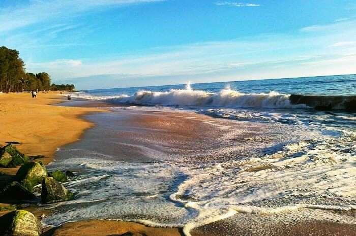 An amazing beach in south india, Ullal Beach