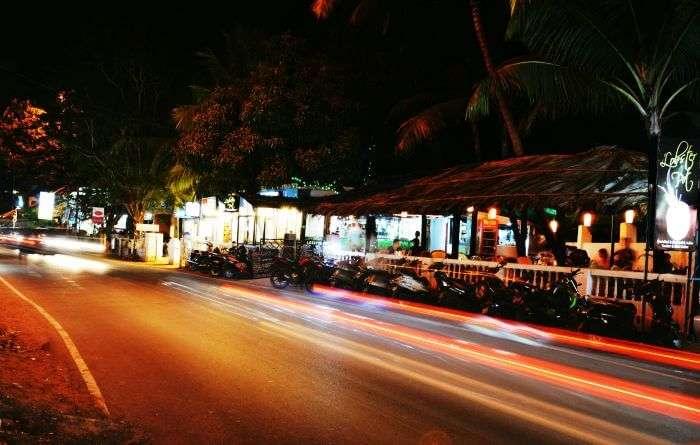 Night rides the roads of Goa