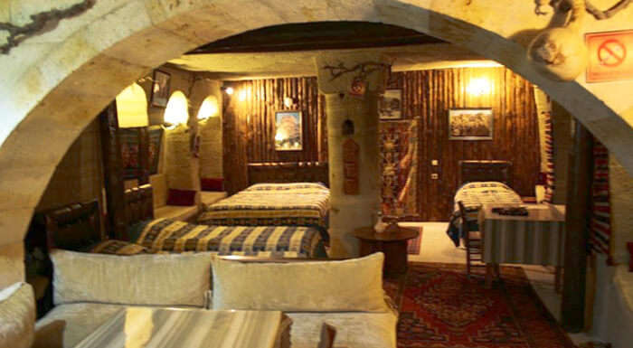 Travel Inn Cave Hotel – A resort in Turkey restored from early Cappadocian houses' ruins