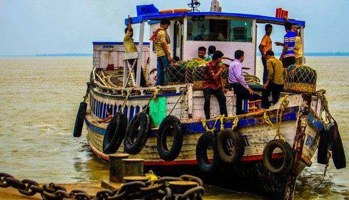A boat ride in the Ganga river delta at Diamond Harbour