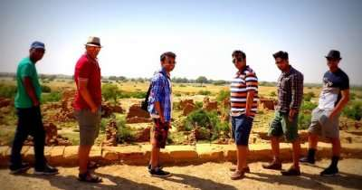 Bhavya and his gang on a group trip to Jaisalmer