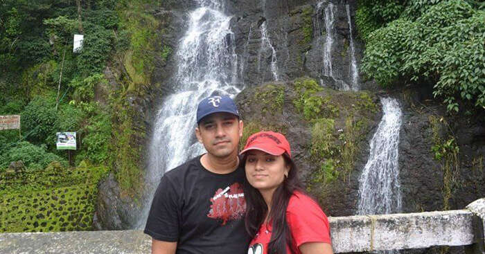 A snap of Snapdeal director and his wife on a roadtrip to Manali