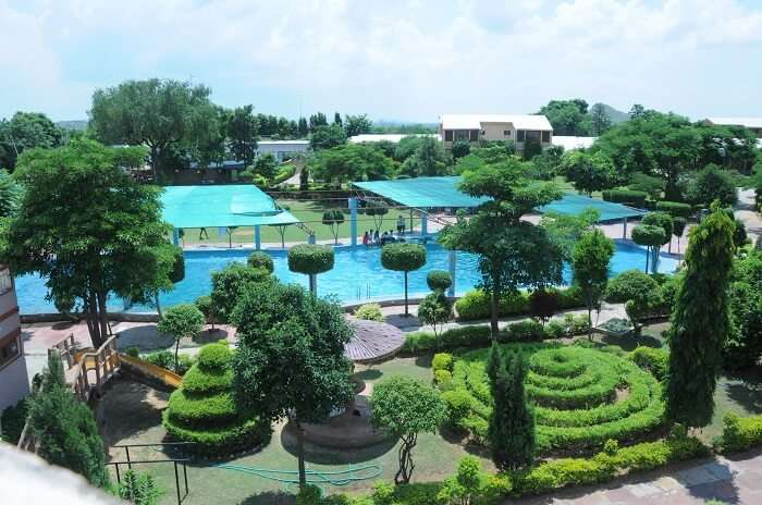 Sunrise Health Resort is one of the best resorts in Jaipur